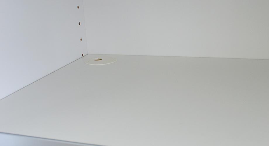 (アルム2)レンジ台幅60cm棚配線孔