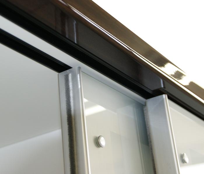 食器棚クラウド90ブラウン、扉スペーサー