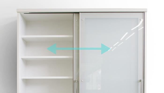 食器棚クラウド2、引き戸オープン