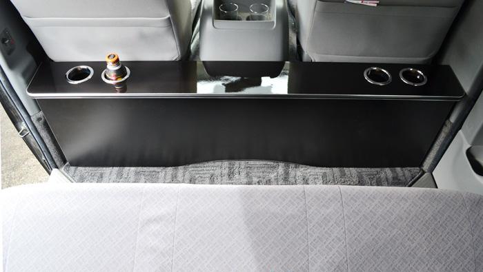 ハイエース-リアシートテーブル画像3